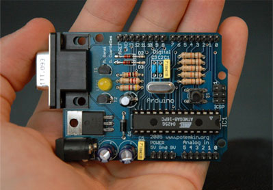 The Arduino electronics prototyping platform Board