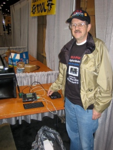 Milt at AmQRP\'s NUE-PSK Booth at Dayton 2008