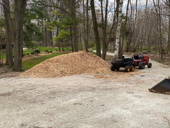 A lot of Garden Mulch
